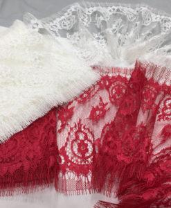 Узкое кружево Шантильи Франция Rouge, Ivoire красный, молочный