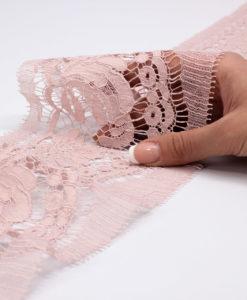 кружевная лента розовая