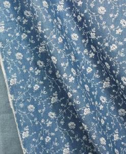 Ткань джинсовая с цветочным рисунком