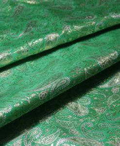 Парча зеленая